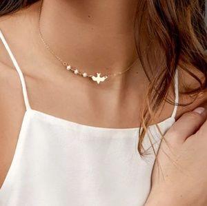 Jewelry - 5 for $30!!! Dainty bird necklace